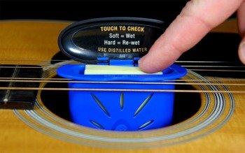 nawilżacz gitar akustycznych MUSIC NOMAD THE HUMITAR ACOUSTIC HUMIDIFIER MN300