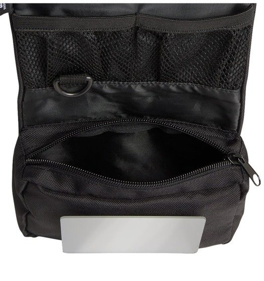 kosmetyczka TOILETRY BAG MEDIUM black
